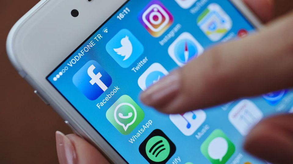 Bei WhatsApp sollen wir künftig keine separate App mehr benötigen, um Boomerangs zu machen.