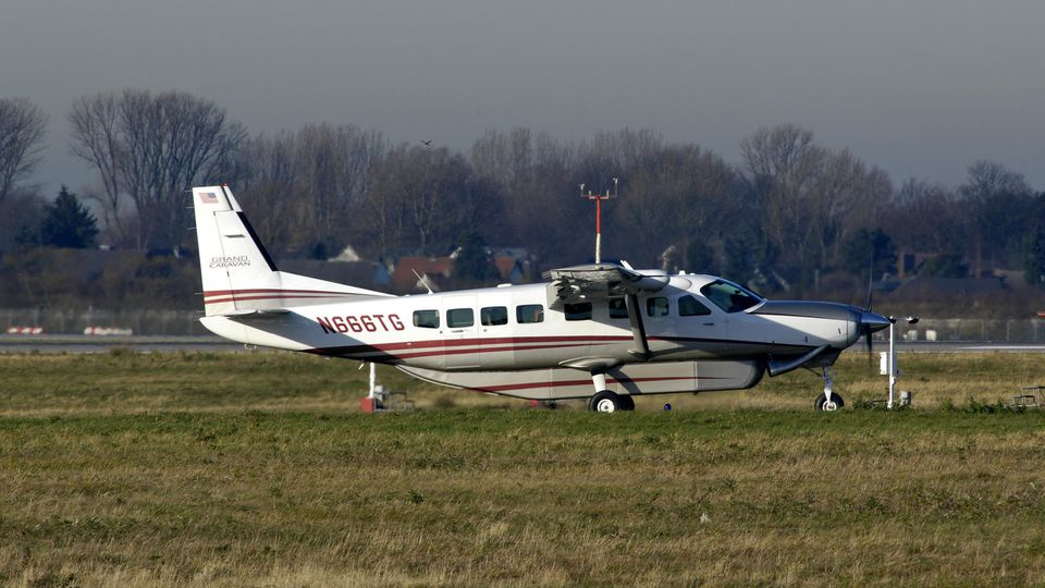 In Dörentrup ist ein Mann mit einer Cessna in den Tod gestürzt.