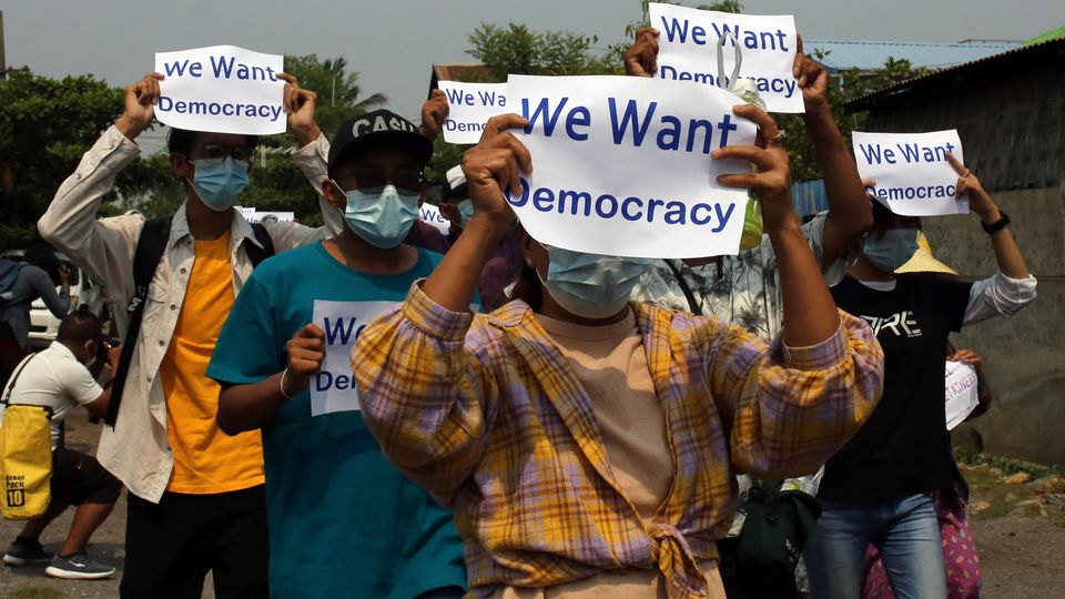 Protest in Myanmar against Military Coup MANDALAY, MYANMAR, APR. 26: Civilians protest, calling for freedom and release