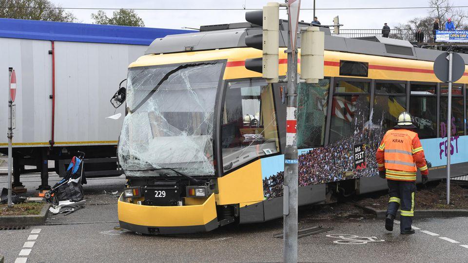 Unfall In Karlsruhe