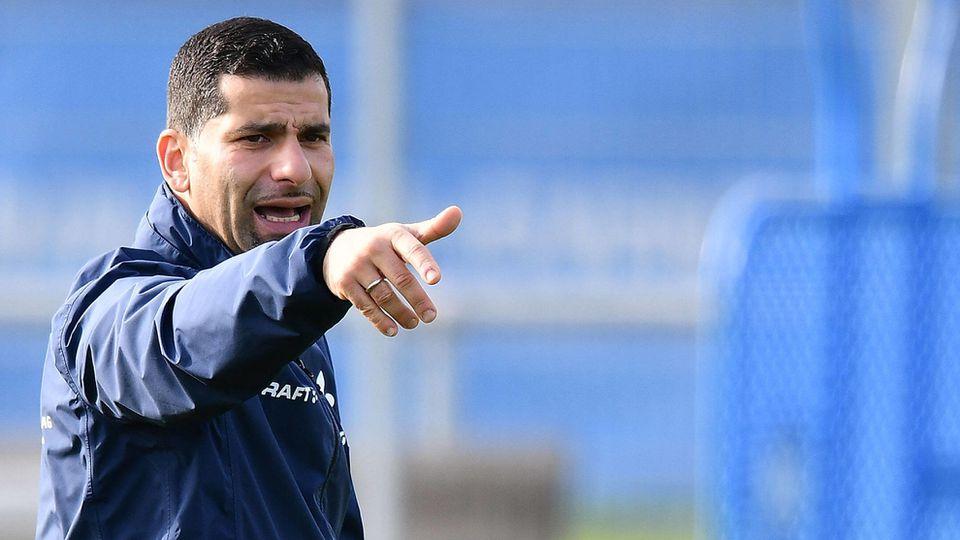 Er soll Schalke retten: Dimitrios Grammozis.