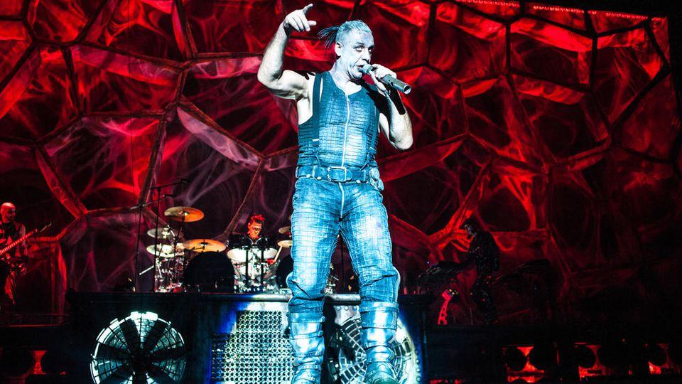 Veröffentlicht Rammstein mit Sänger Till Lindemann (Foto) bald neue Songs?