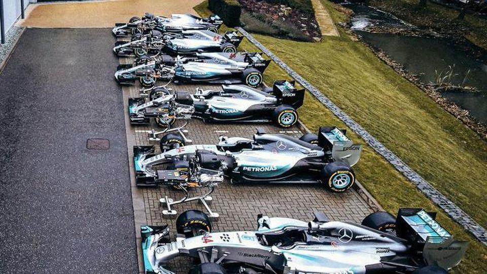 Mercedes Twitter Bild Siegerautos