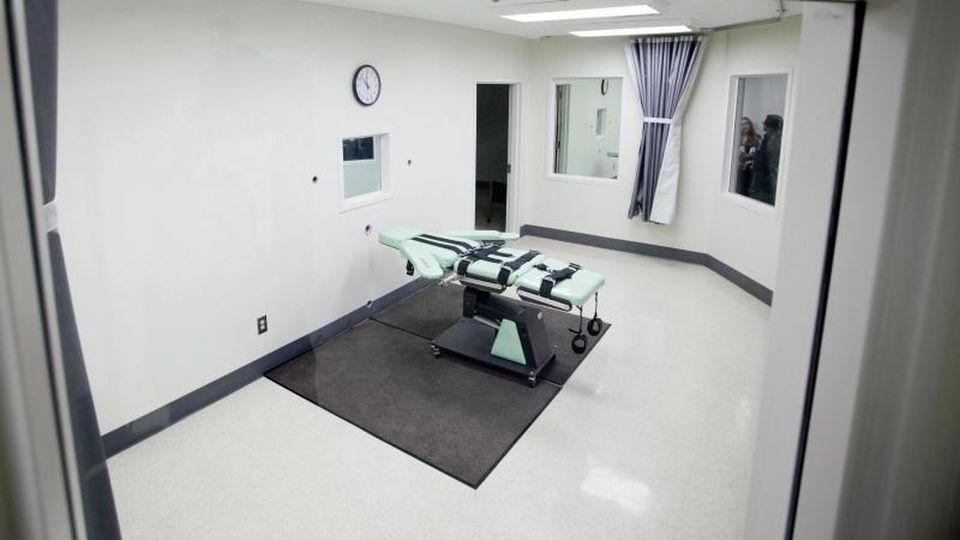 Hinrichtungskammer in Kalifornien: Die USA wollen auf Bundesebene erstmals nach mehr als 17 Jahren wieder die Todesstrafe vollstrecken. Foto: Eric Risberg/AP/dpa