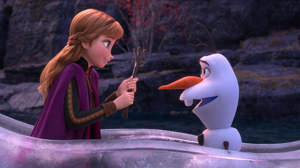 """Anna und Schneemann Olaf in """"Die Eiskönigin 2"""""""