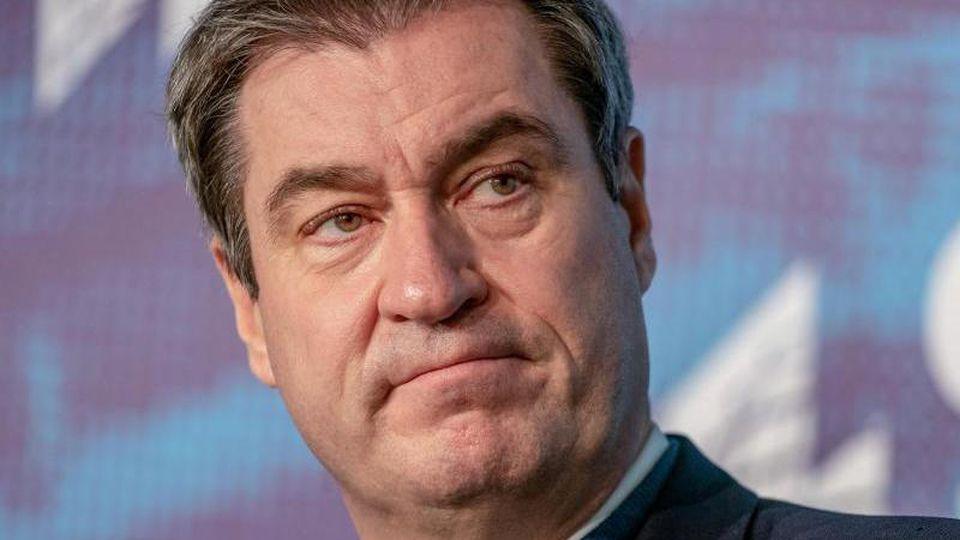 Markus Söder (CSU), Ministerpräsident von Bayern und CSU-Vorsitzender, spricht. Foto: Michael Kappeler/dpa-Pool/dpa/Archivbild