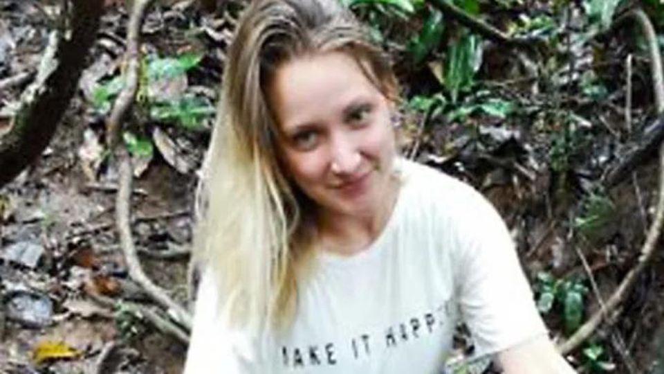 Die Polizei Freiburg sucht Scarlett S. (26) aus Bad Lippspringe, die seit dem 10. September vermisst wird.