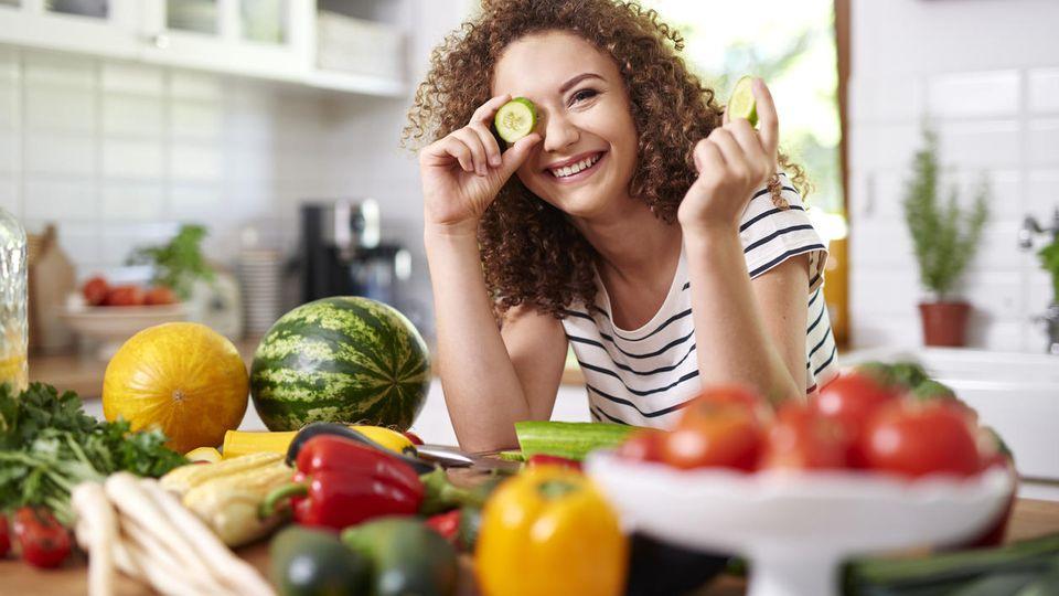 Die Zahl der  Veganer in Deutschland lag 2020 laut der Allensbacher Markt- und Werbeträger-Analyse bei 1,13 Millionen.