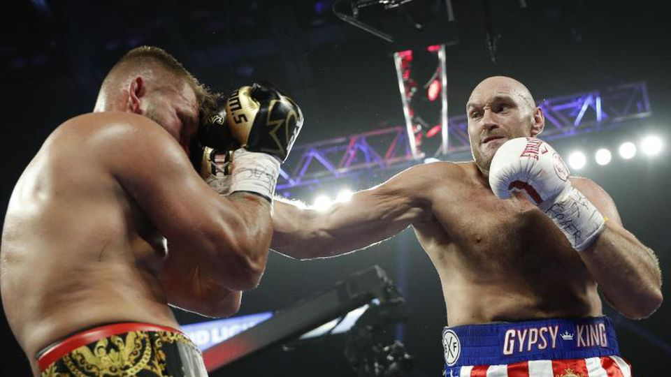 Der Kampf von Tom Schwarz (l) gegen Tyson Fury war früh beendet. Foto: John Locher/AP