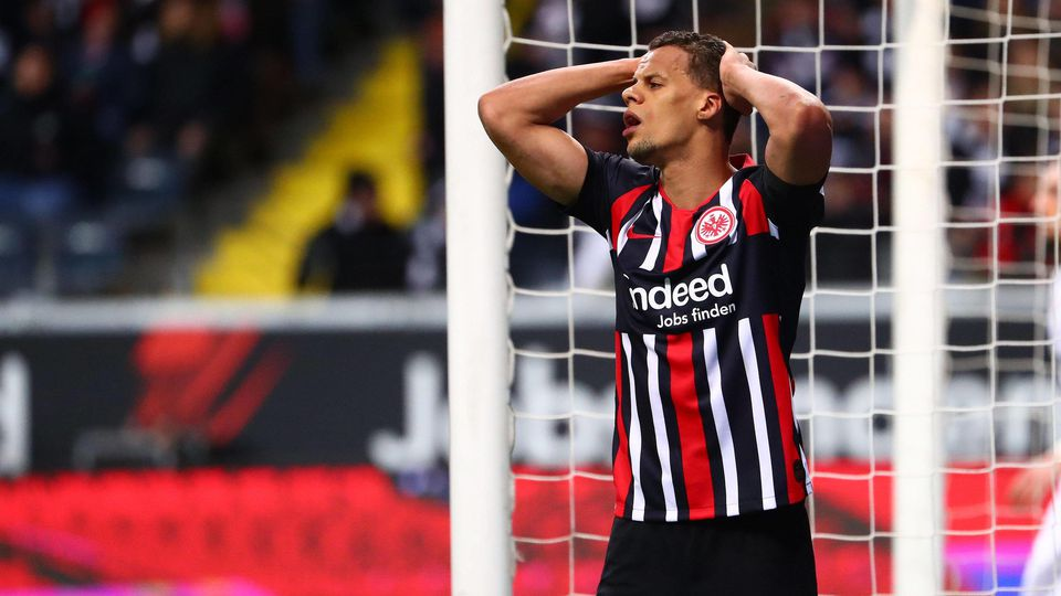 Timothy Chandler (Frankfurt) aergert sich Eintracht Frankfurt vs 1. FC Union Berlin, Fussball, 1. Liga, 24.02.2020 DFL R