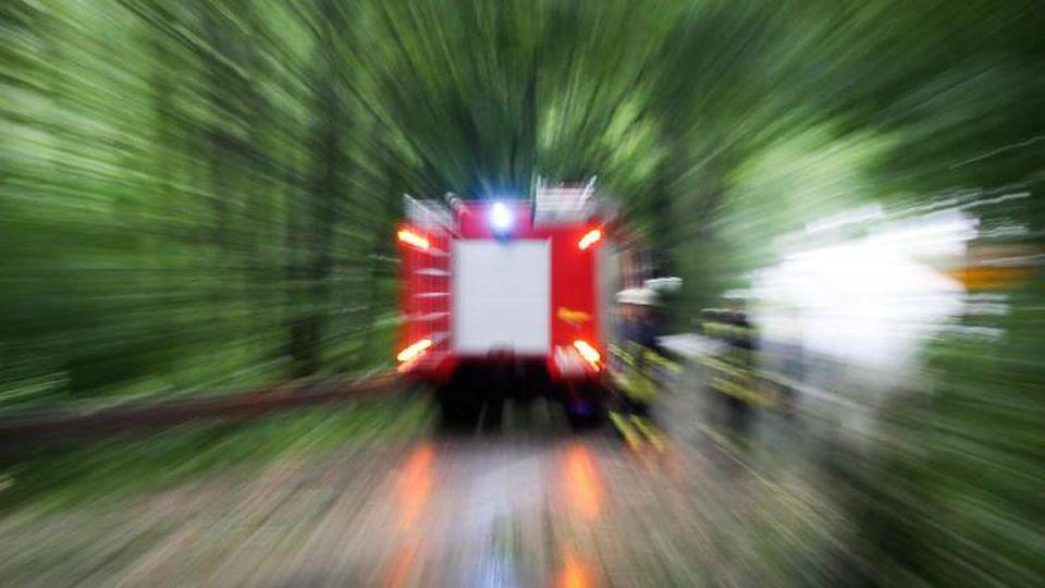 Ein Einsatzwagen der Feuerwehr. Foto: Friso Gentsch/dpa/Symbolbild