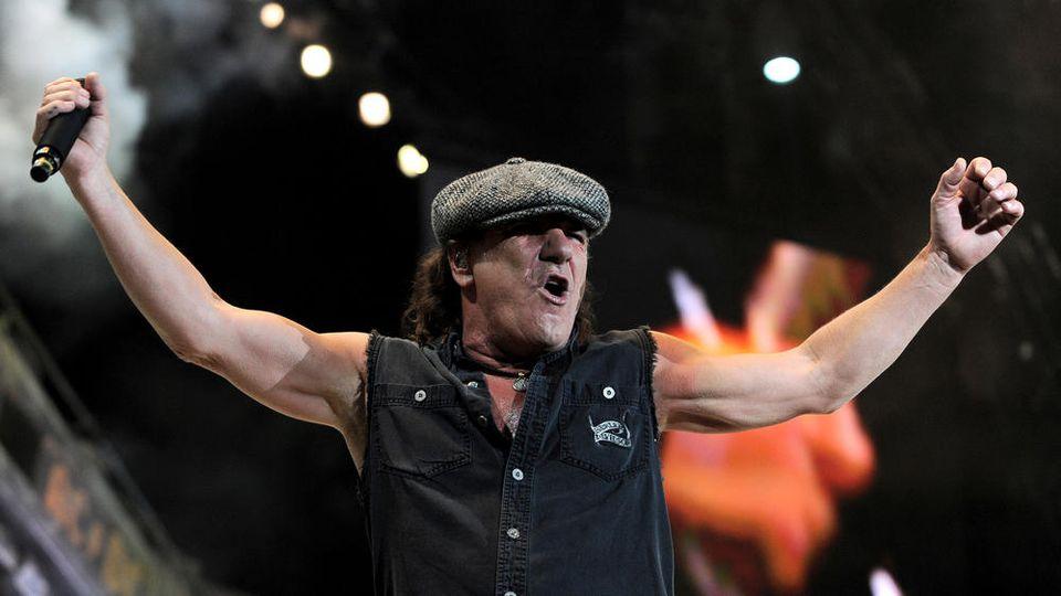 Brian Johnson bei einem AC/DC-Konzert in Italien