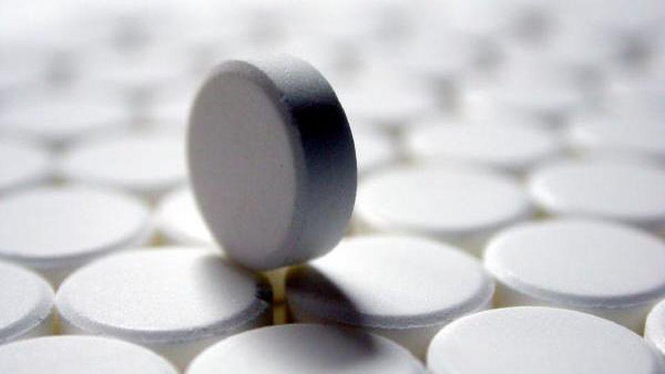 Eine medikamentöse Behandlung vom prämenstruellen Syndrom ist möglich.