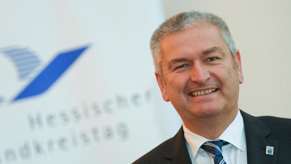 Bernd Woide (CDU), Präsident des Hessischen Landkreistages. Foto: Arne Dedert/Archiv