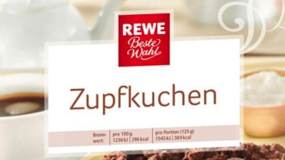 Weil sich Kunststoffteile darin befinden können, wurde ein Zupfkuchen bei Rewe zurückgerufen.