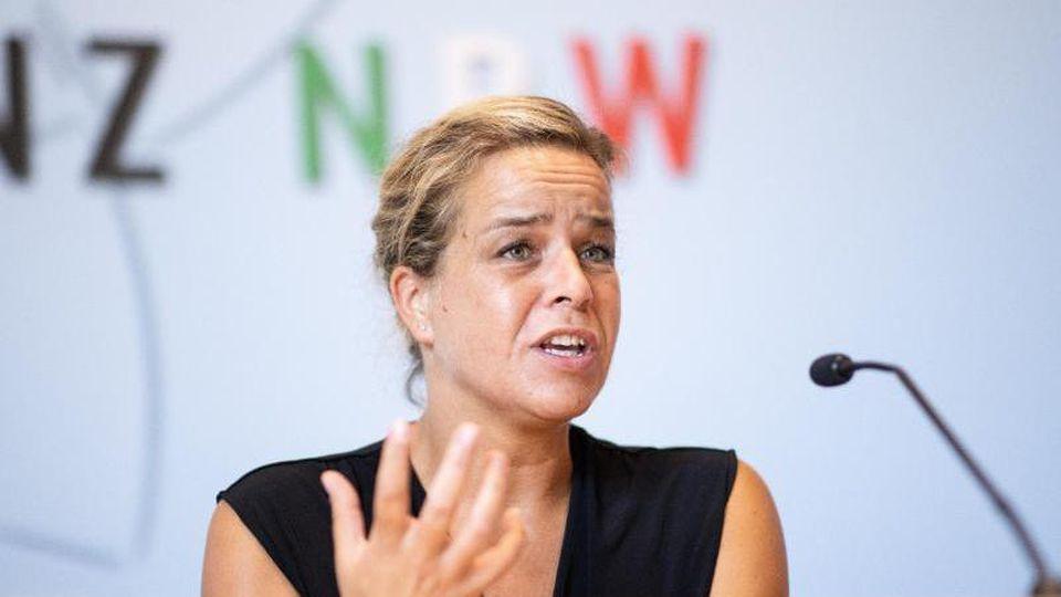 Mona Neubaur, Landesvorsitzende der Grünen in NRW. Foto: Marcel Kusch/dpa/Archivbild