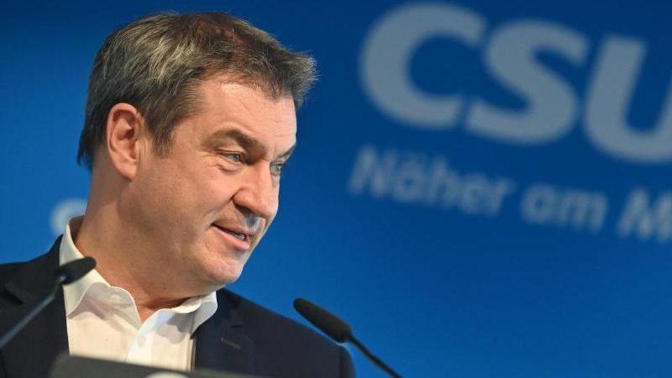 Gibt die Entscheidung im festgefahrenen Machtkampf der Union ab an die Schwesterpartei: CSU-Chef Markus Söder. Foto: Peter Kneffel/dpa-Pool/dpa