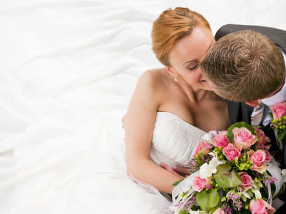 Hochzeitswünsche: Schöne Glückwünsche für das junge Ehepaar