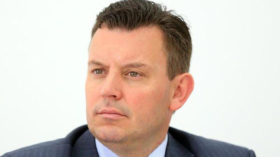 Sachsen-Anhalts Finanzminister André Schröder (CDU) ist zu sehen. Foto: Peter Gercke/Archiv