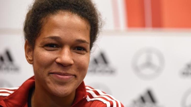 Célia Sasic, ehemalige Nationalspielerin. Foto: picture alliance / dpa/Archivbild