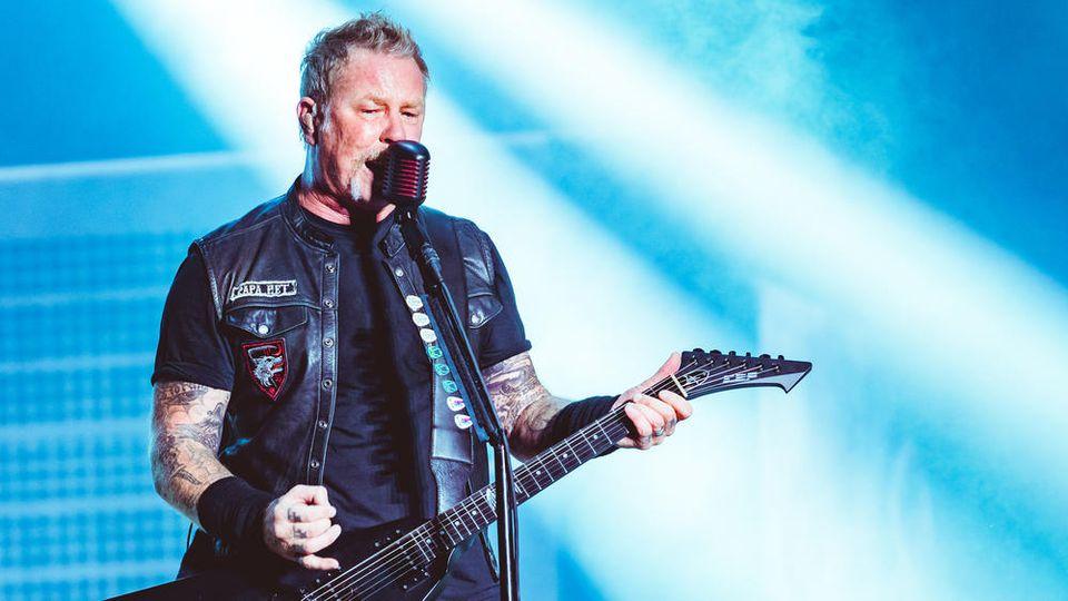 Kämpft mit seiner Alkoholsucht: Metallica-Sänger James Hetfield