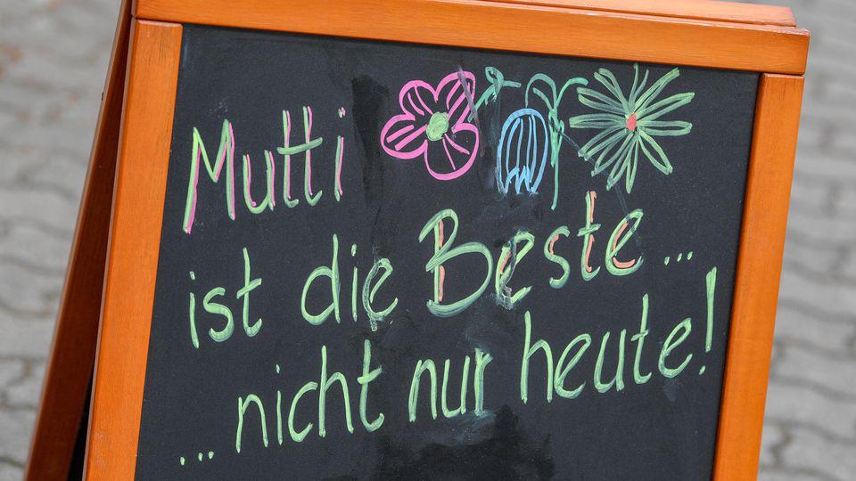 Zum Muttertag wünschen RTL-User ihren Müttern nur das Beste.