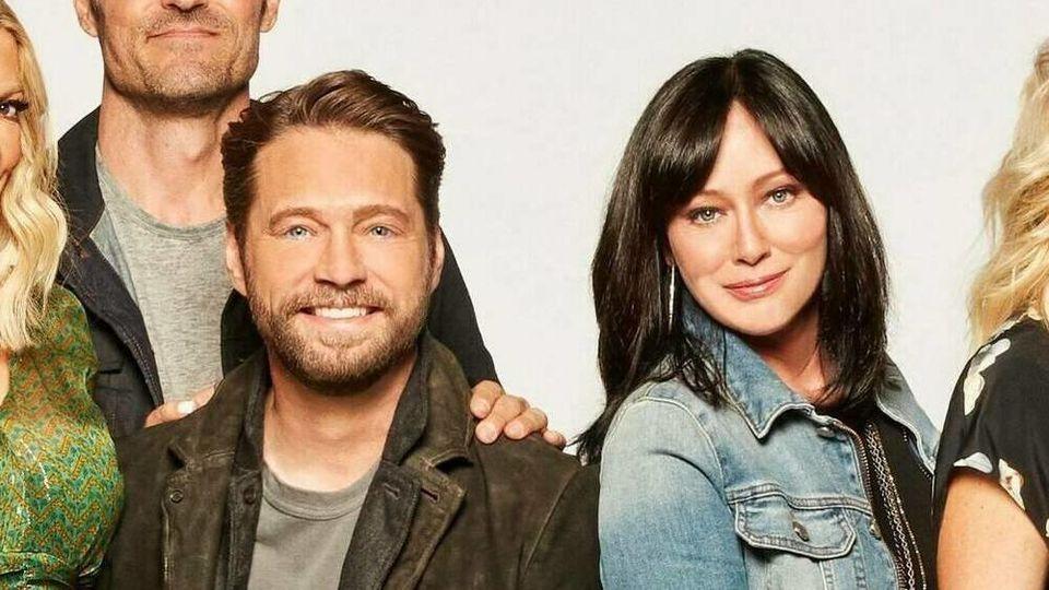 """Sie spielten in der 1990er Erfolgsserie """"Beverly Hills, 90210"""" das Geschwisterpaar Brenda und Brandon Walsh: Shannen Doherty und Jason Priestley."""