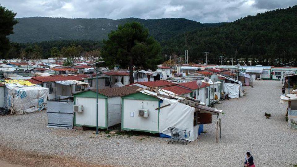 "Das Flüchtlingslager ""Gerakini"" in Malakasa nahe Athen. Foto: Angelos Tzortzinis/dpa"