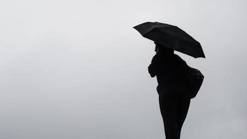 Sturmböen, Regen, Hagel - der Wetterdienst hat nichts wirklich Nettes im Angebor. Foto: Lino Mirgeler