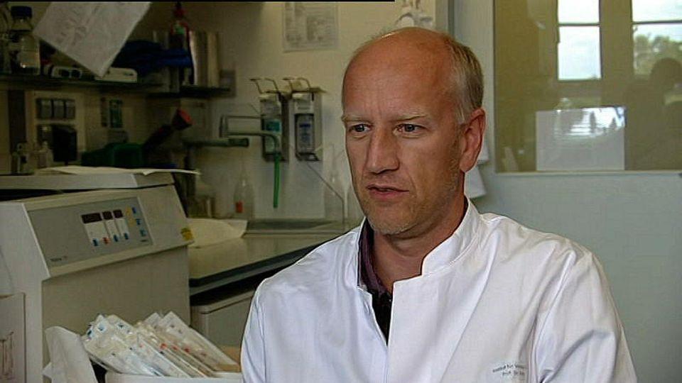 Ebola-Symptome: Virologe im Interview