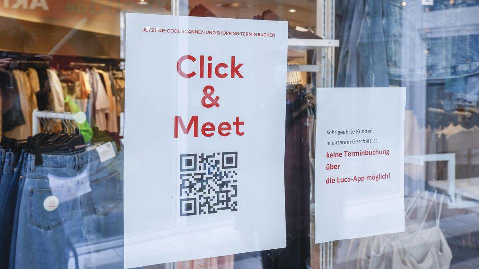Ein Geschäft, bei dem eine vorherige Terminvereinbarung (Click and Meet) möglich ist.