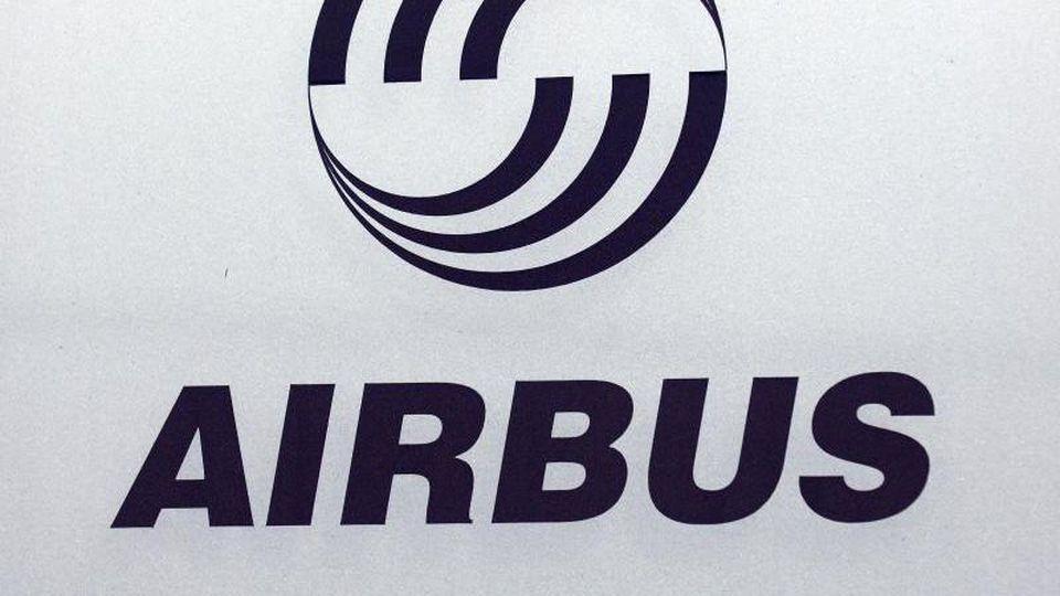 Mitarbeiter von Airbus stehen im Verdacht, sich unerlaubt Unterlagen über zwei Rüstungsprojekte der Bundeswehr beschafft zu haben. Foto: Maurizio Gambarini