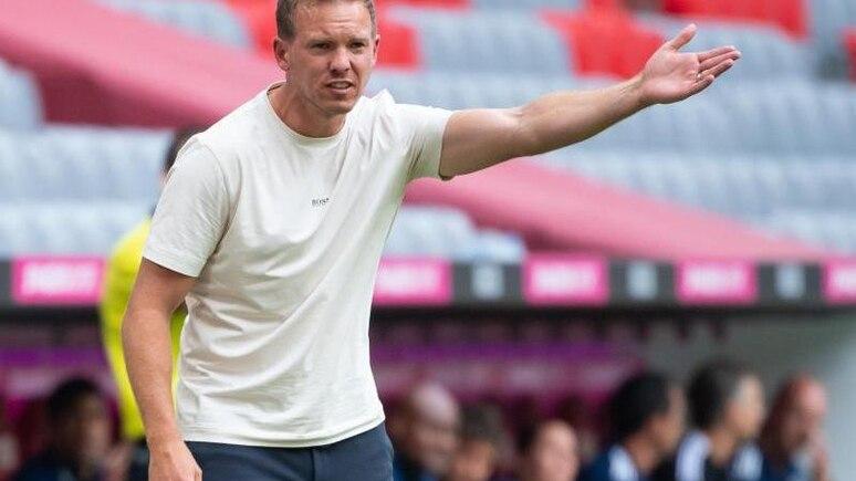 Trainer Julian Nagelsmann von München verfolgt das Spiel. Foto: Sven Hoppe/dpa