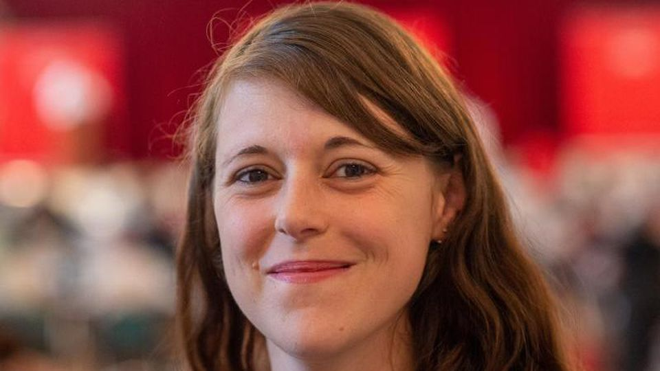 Katharina Zacharias (SPD) auf einem Landesparteitag der SPD Sachsen-Anhalt. Foto: Klaus-Dietmar Gabbert/dpa-Zentralbild/ZB