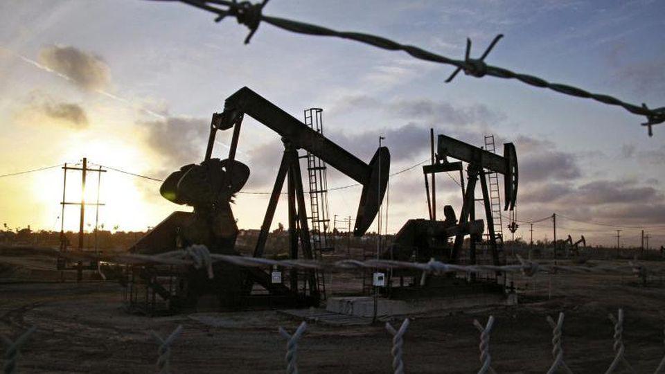 Der Ölpreis ist zuletzt so stark abgestürzt wie seit Jahrzehnten nicht mehr. Foto: Richard Vogel/AP/dpa