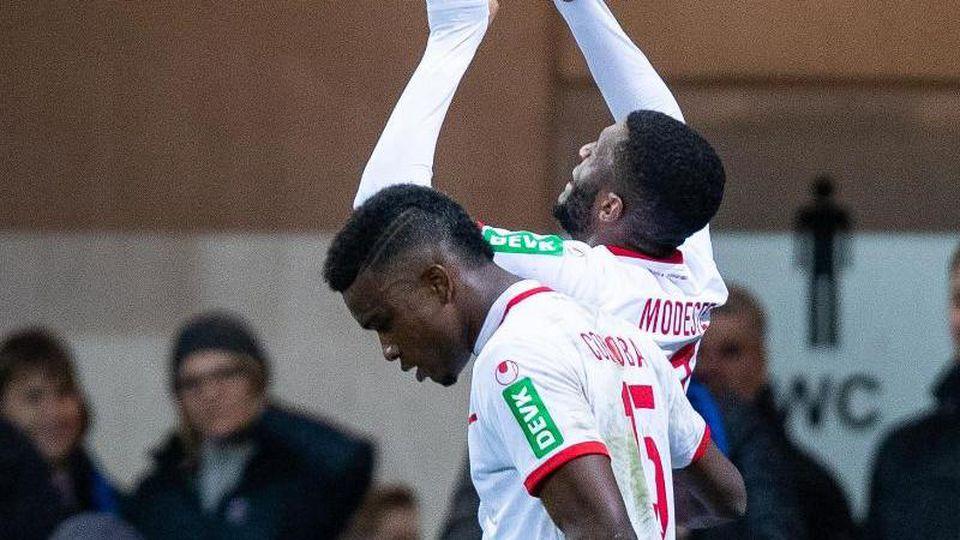 Durfte über ein Tor, aber nicht über den Sieg in Paderborn jubeln: FC-Rückkehrer Anthony Modeste (r). Foto: Guido Kirchner