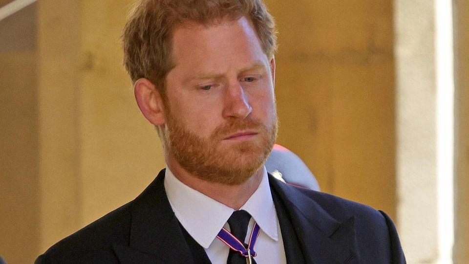 Prinz Harry bei der Trauerfeier und Beisetzung von Prinz Philip auf Schloss Windsor.
