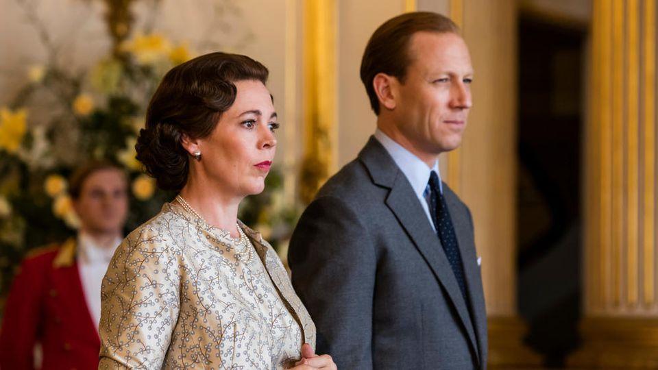 Olivia Cole als Queen Elizabeth II. und Tobias Menzies als Prinz Philip