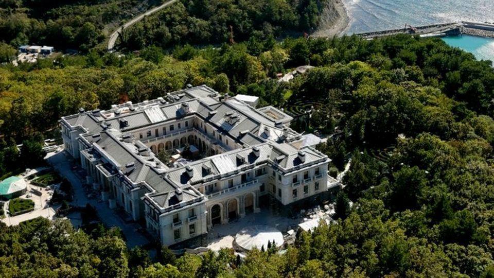 Wladimir Putin schuf auf 68 Hektar Land einen Palast.