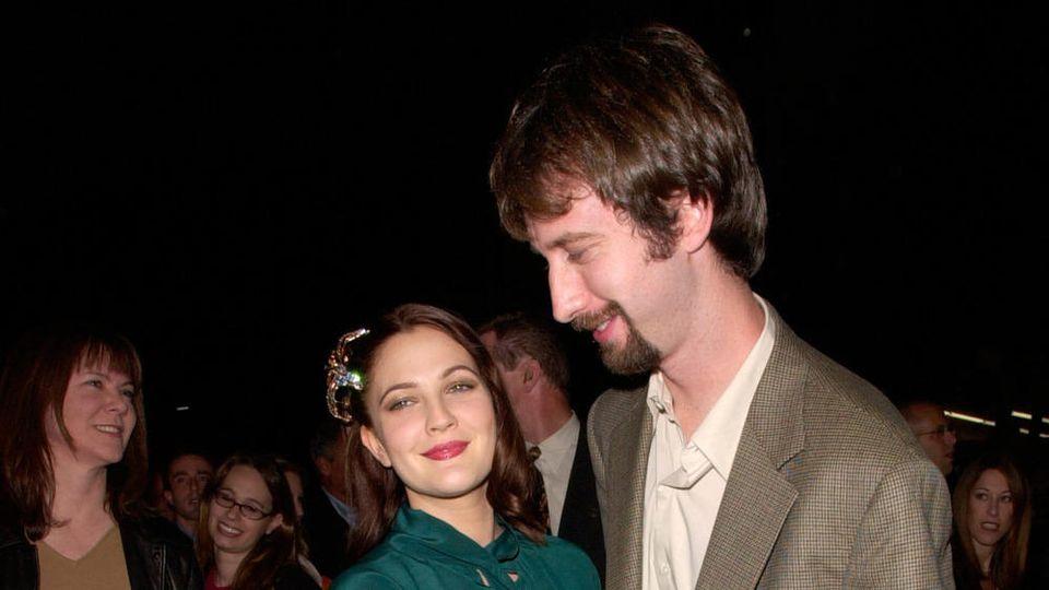 Drew Barrymore und Tom Green bei einer Veranstaltung im Jahr 2000