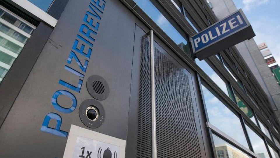 Polizeirevier auf der Zeil in Frankfurt am Main. Foto: Boris Roessler