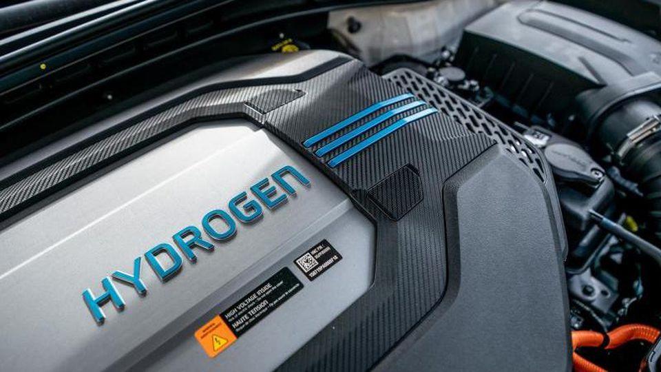 Ein Hyundai Nexo Carsharing Auto mit Hydrogen Brennstoffzellen-Antrieb. Foto: Michael Kappeler/dpa