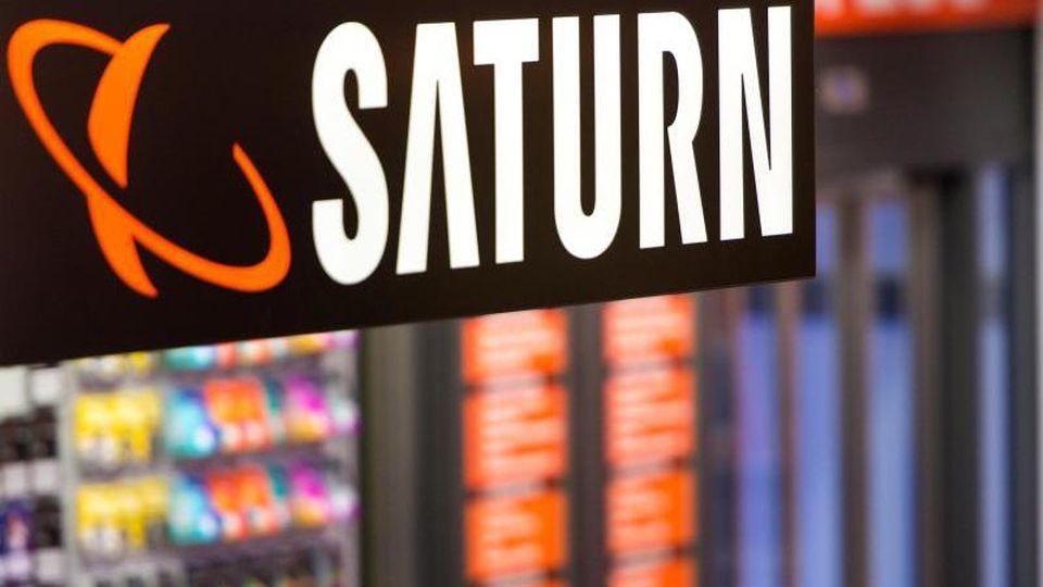 Saturn lockt wieder mit Gutscheinheft-Angeboten. Dabei: ein großer Smart-TV.