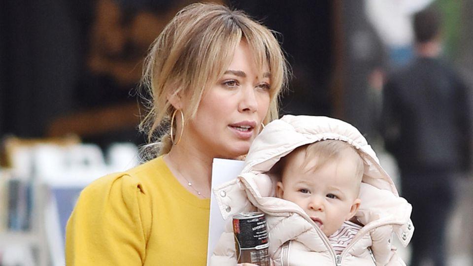 Hilary Duff mit ihrer Tochter Banks (1)