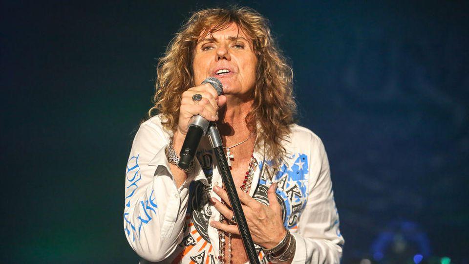 Arbeitete mehrmals mit Martin Birch zusammen: Whitesnake-Sänger David Coverdale.