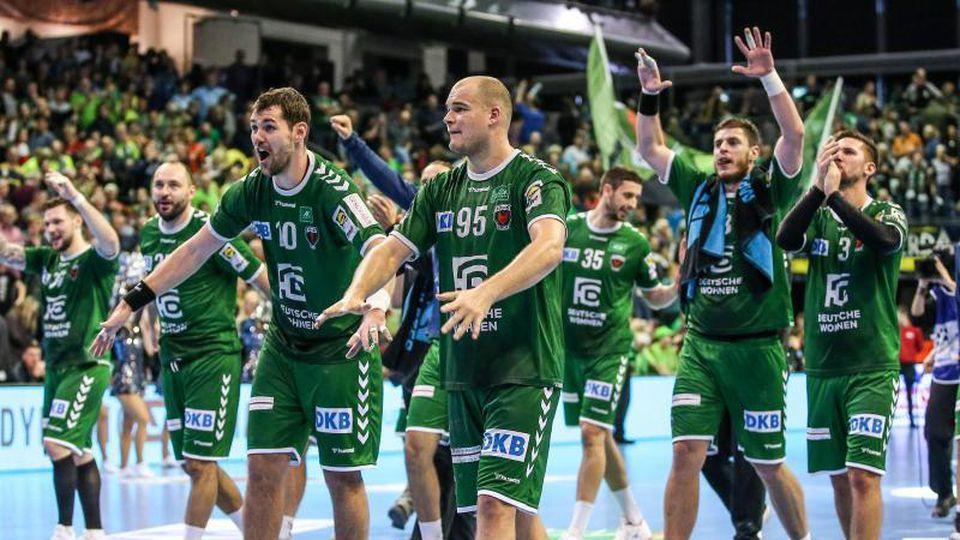 Die Füchse Berlin sind eines von vier Bundesliga-Teams im EHF-Pokal. Foto: Andreas Gora/dpa