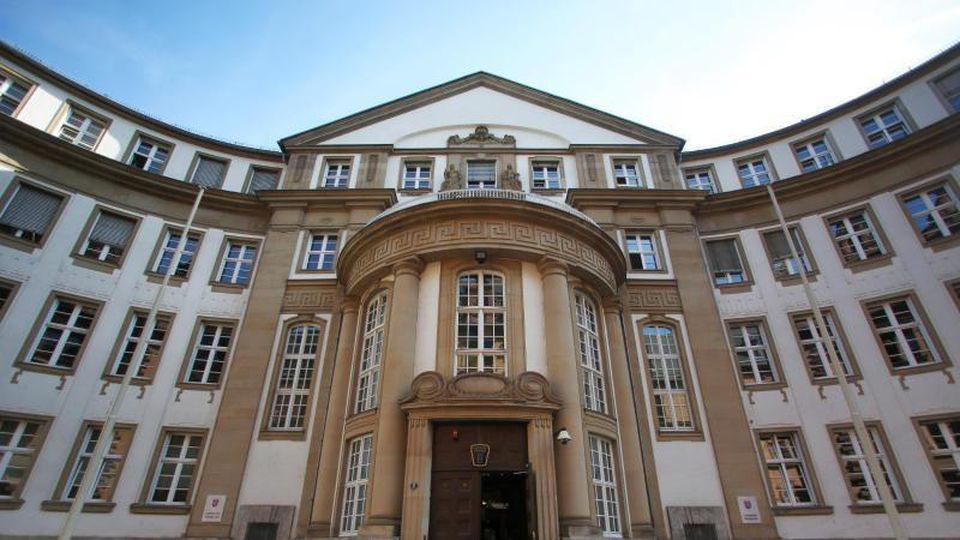 Das Landgericht und Amtsgericht inFrankfurt amMain. Foto: Fredrik von Erichsen/Archivbild