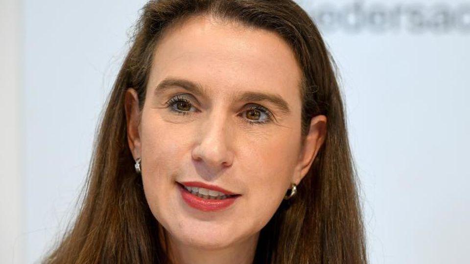 Sandra von Klaeden, Präsidentin des Niedersächsischen Landesrechnungshofes. Foto: Holger Hollemann/dpa