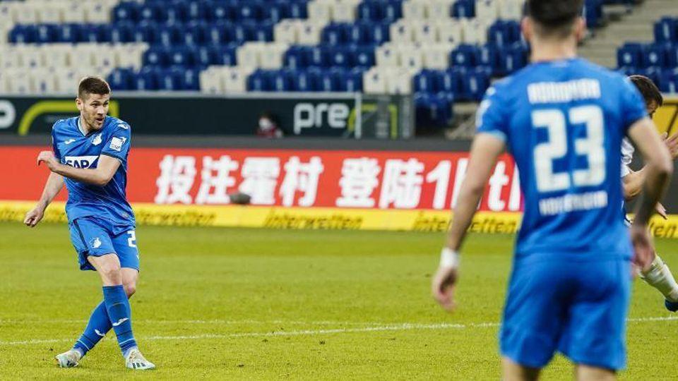Andrej Kramaric erzielte Hoffenheims Siegtreffer gegen Gladbach. Foto: Uwe Anspach/dpa
