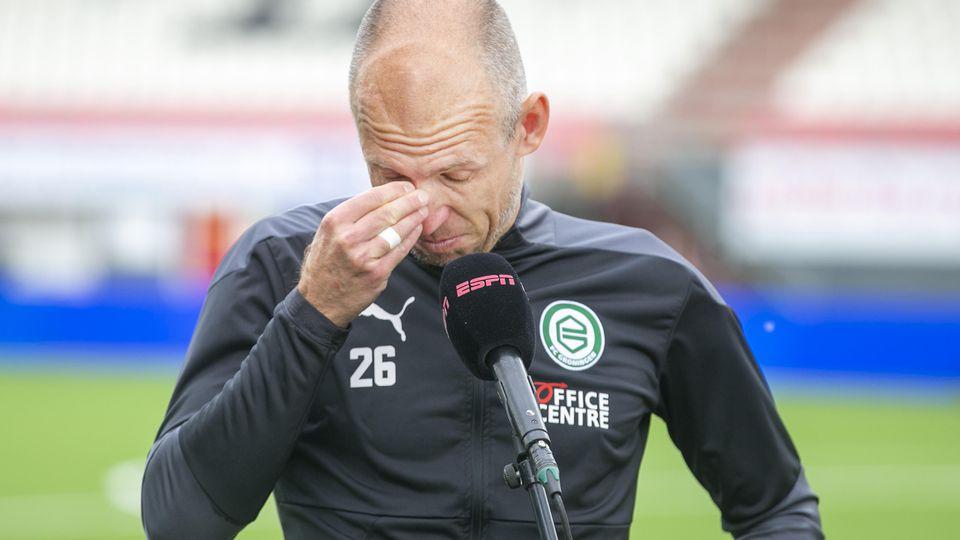 Arjen Robben kullern nach dem 4:0-Sieg seines FC Groningen in Emmen Tränen aus den Augen